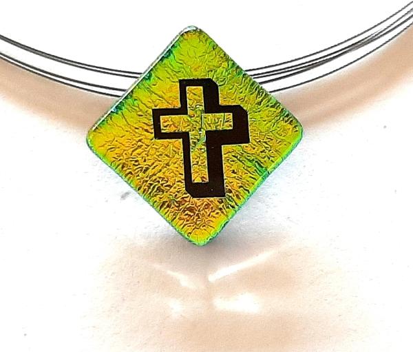Halskette Kreuz Gelbgrün 3D