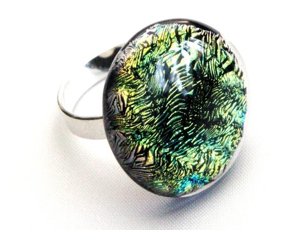 Diround Ring grünlich
