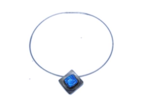 Hip Halskette mini blau