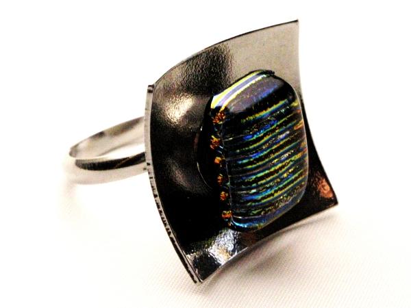 Hip Ring gold streifen