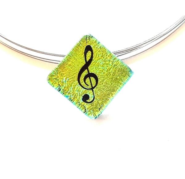 Halskette Notenschlüssel Gelbgrün