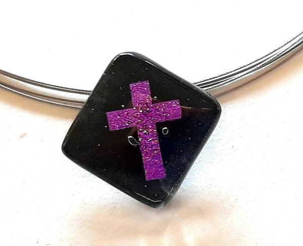 Halskette Schwarz Kreuz Violett