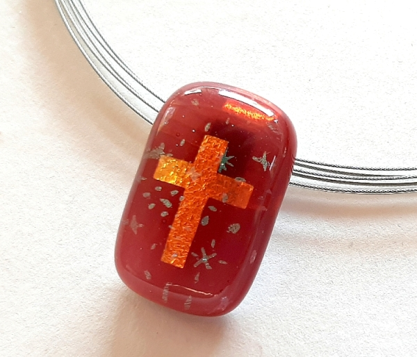 Halskette Rect Cross Stars rot
