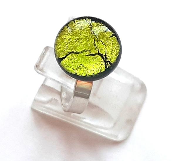 Midnight Ring Mini peridot
