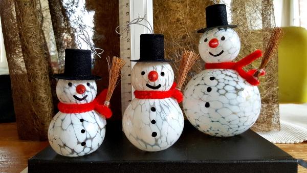 Schneemann zum Hängen oder Stellen